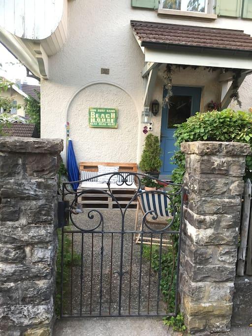 Eingang vom Haus