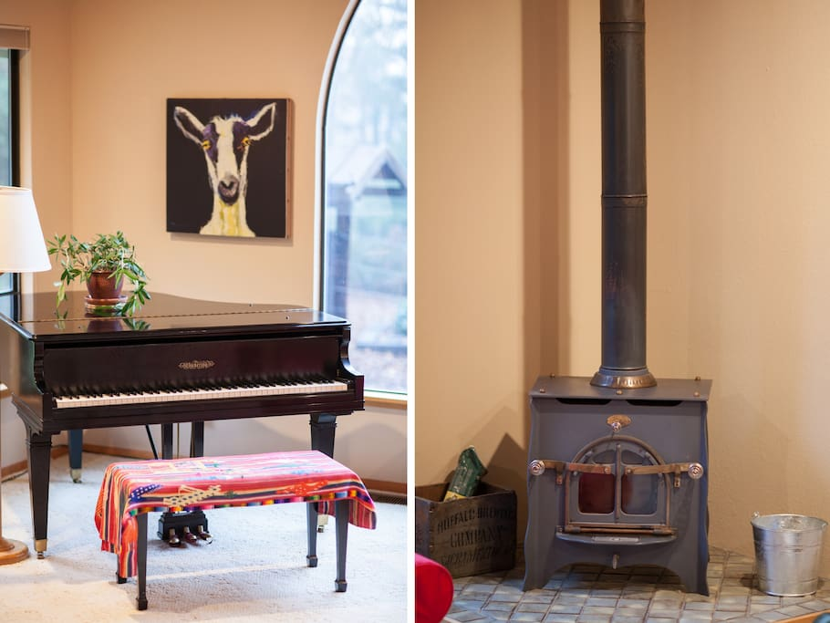 Piano, wood-burning stove
