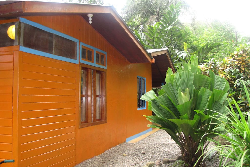 Casa Mango - side view