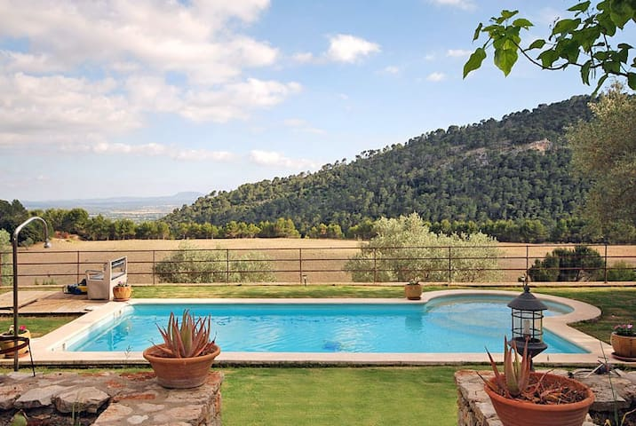 Kleines Ferienhaus mit Pool & herrlicher Aussicht - Mancor de la Vall - Hus