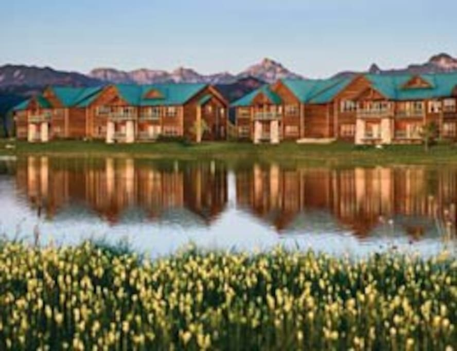 Timeshare units on the lake