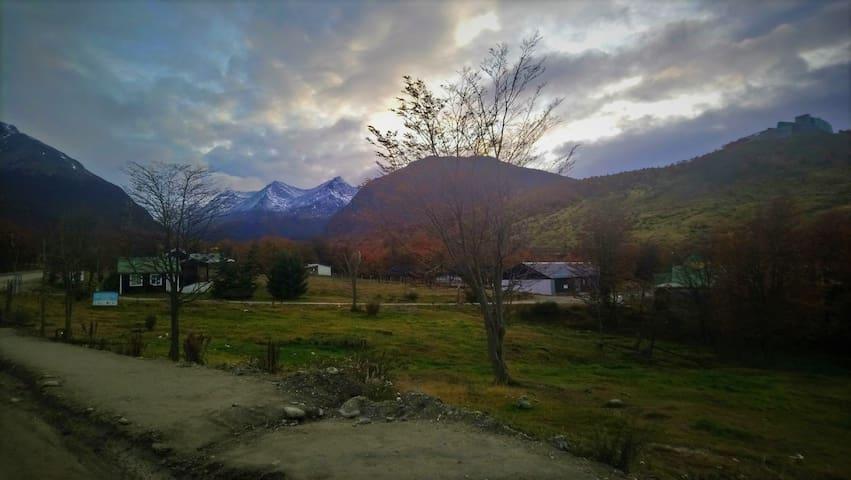 Los tronquitos del Valle de Andorra Habitacion 1