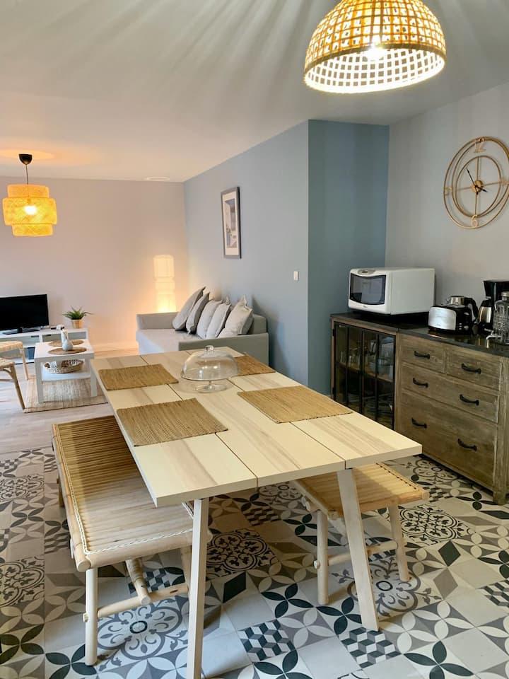 Appartement avec jardin 30 mètres plage du Porteau