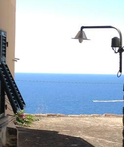 B&B Barba Paulìn in  Cinque Terre - Corniglia