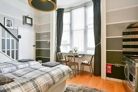 Studio mezzanine Brighton By Sea - Brighton - Apartmen
