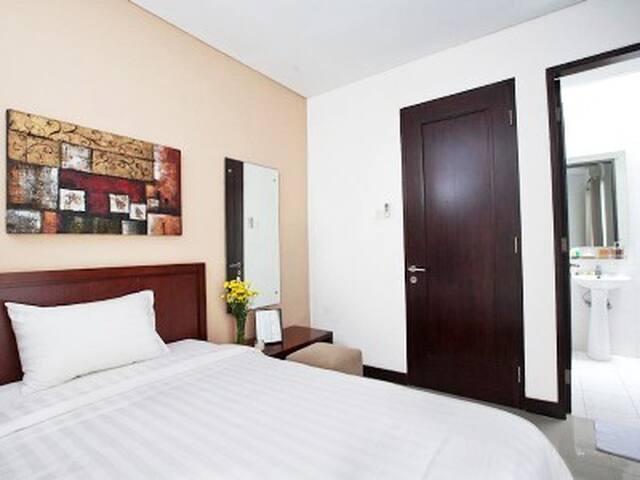 Cozy 2 bedrooms in central Jakarta - Menteng - Apartamento