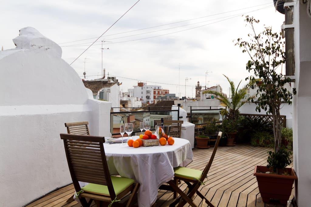 The sunny terrace!