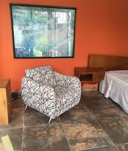 Habitación amplia hermosa zona - Tlalnepantla