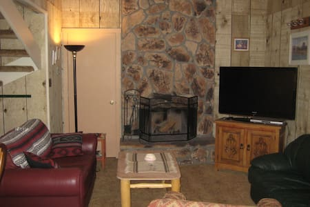 Large Condo - Great Wheeler Views - Angel Fire - Appartement