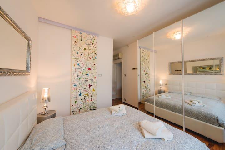 Suite Sale & Pepe-Zenzero & Cannella Boutique Rooms