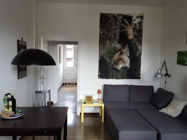 Milano Maciachini. 10 min walk from Isola. - Milaan - Appartement