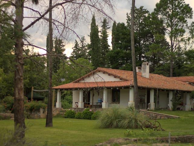 Casa de campo en las sierras  - Cosquín - Vila