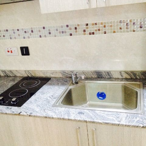Aeroville Magodo 2-bed Apartment with kitchen
