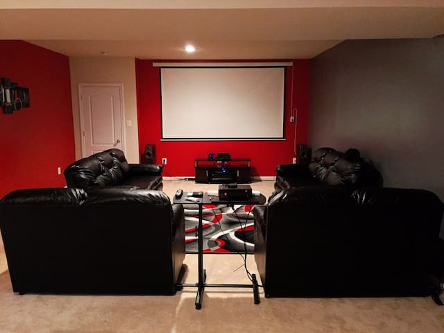 Extremely cozy & clean spacious basement apartment