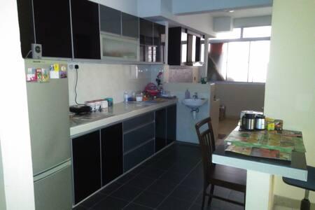 D'shire Villa (1) - Petaling Jaya
