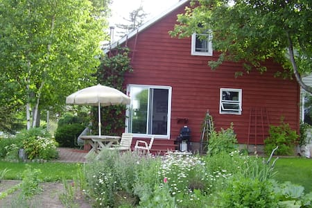 Beautiful Country Home Getaway East of Ottawa - Russell - Dům