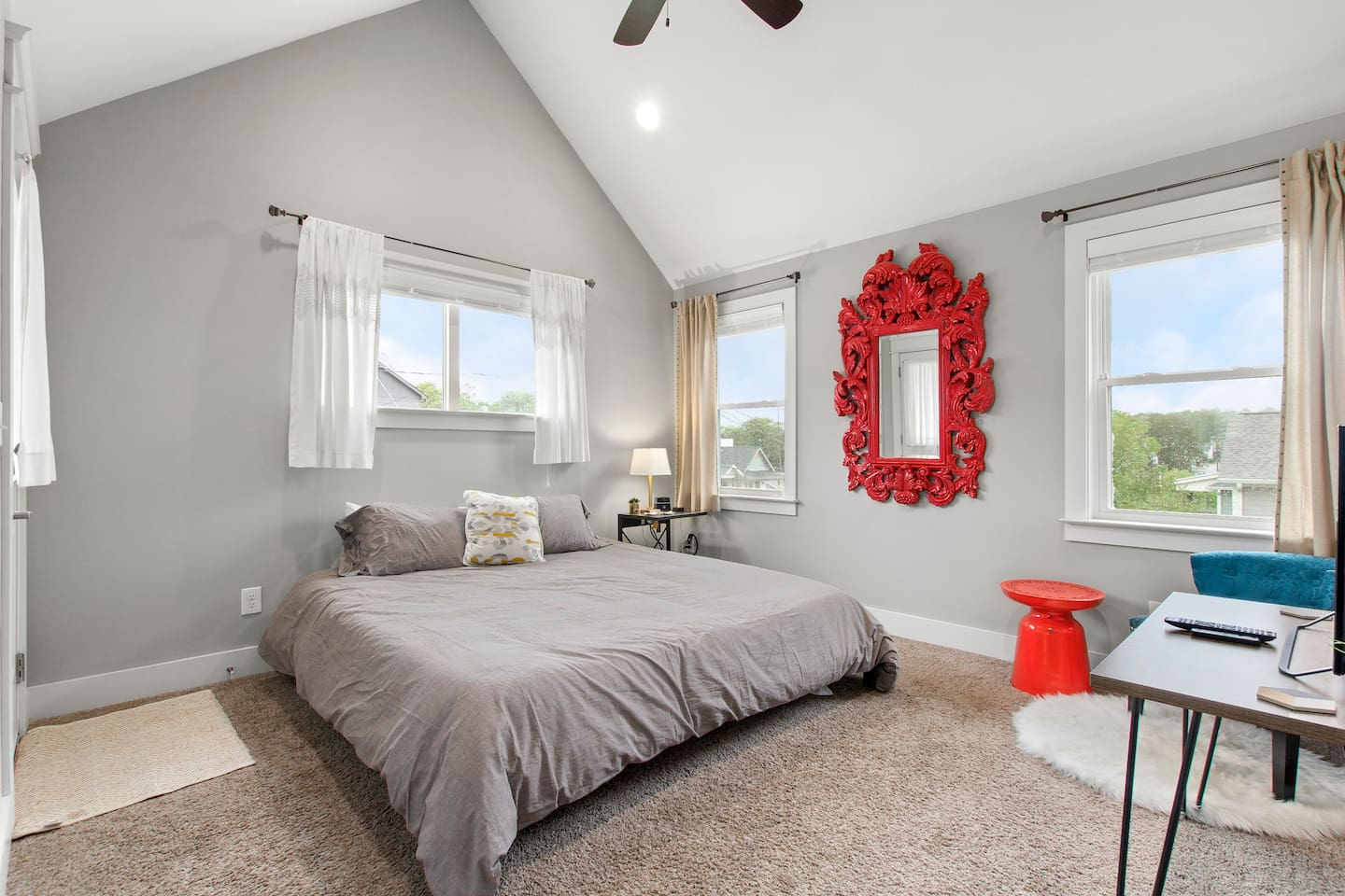 MASTER Private bedroom located upstairs front of house - King sized platform bed with brand new memory foam mattress and organic cotton sheets, massive walk-in closet with built-in shelves, in-suite private bathroom and private balcony