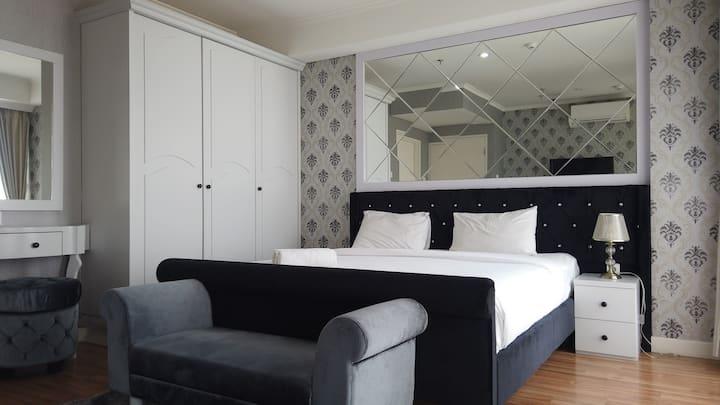 Deluxe 3BR Apartment at Landmark Residence
