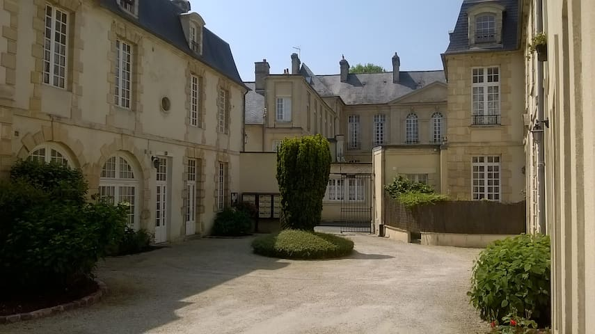 Sunny appartment in heart of historic district - Bayeux - อพาร์ทเมนท์