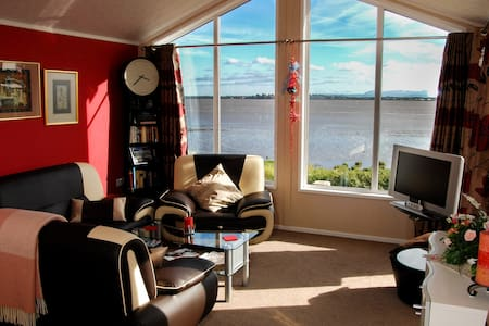 Scottish Border Seaside Cabin - Annan - Cabin
