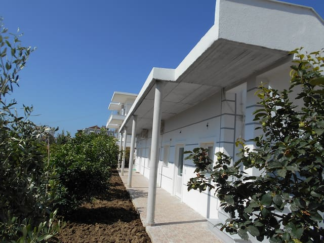 Ksamil Beach House with 1 Bedroom - Ksamil - Casa