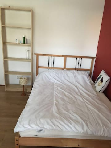 Room in apartment near university campus - Wageningen - Apartamento