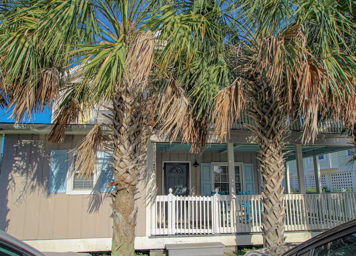 The Laylow Cottage 1 Block From The Beach