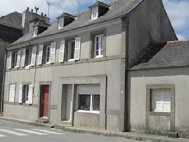 1er étage d'une maison individuelle - Logonna-Daoulas - Apartemen