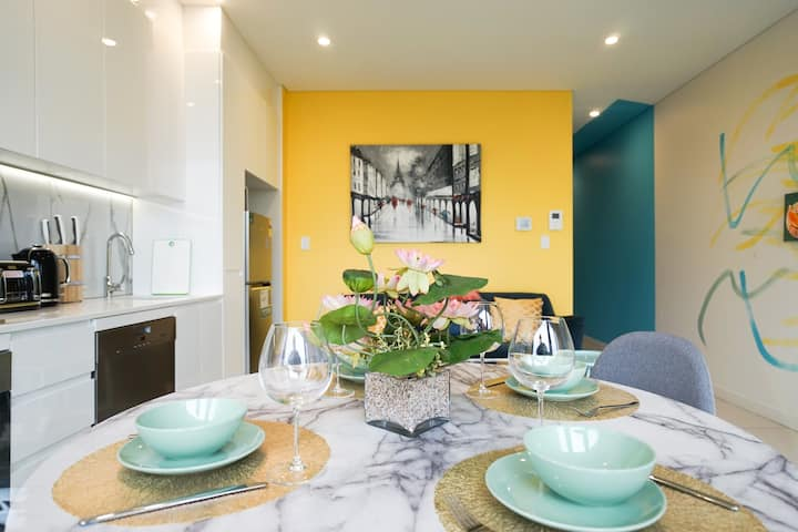 Brand New luxury South Terrace No.11