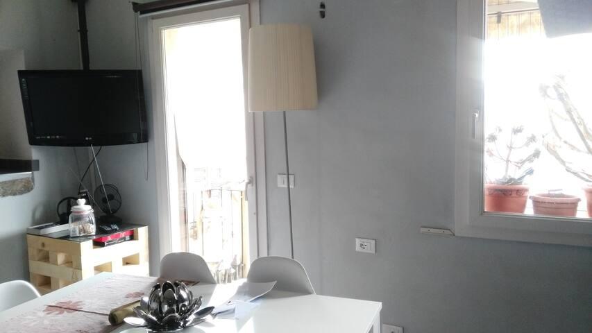 Casa indipendente con vista a Chiusanico