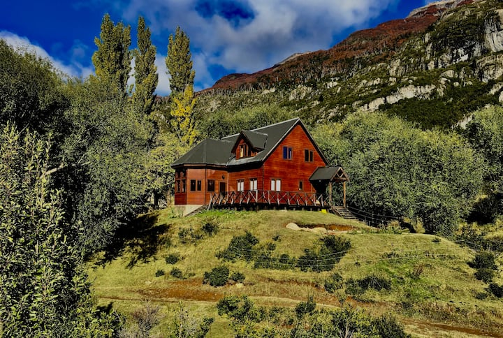 El Refugio Lodge (Entire Lodge) - Meals Included*