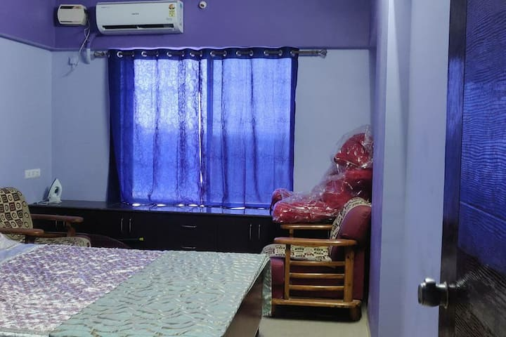 Private Sea View Room in Apartment Near GoaAirport