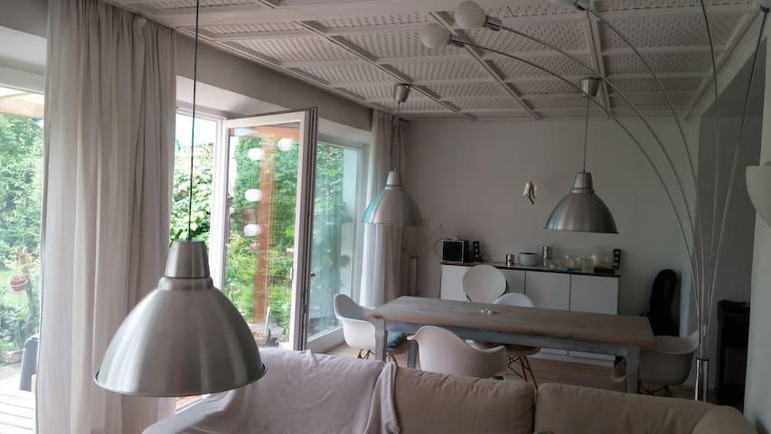 Schmuckstück am Tegernsee für Individualisten - Bad Wiessee - Apartamento