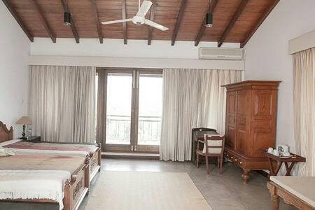 Subashri - Delux Suite 3 - Digana - Vila