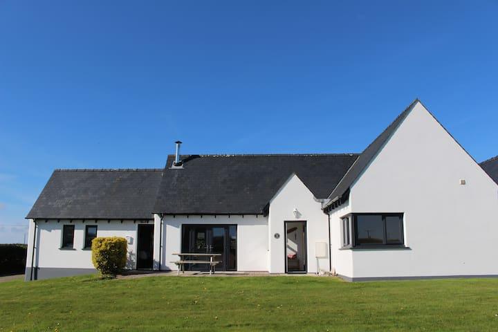 Cerrigyn Cottage - Roch - House