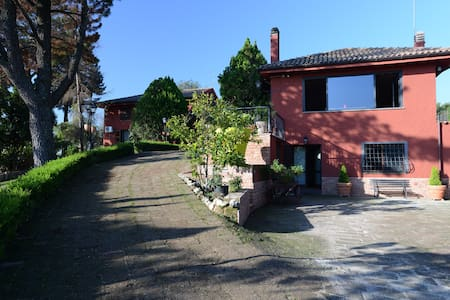 Country house with pool near Rome - Castelnuovo di Porto - Villa