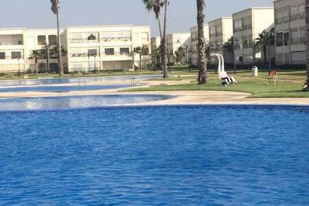 Appartement de luxe à Ola blanca pied dans l'eau