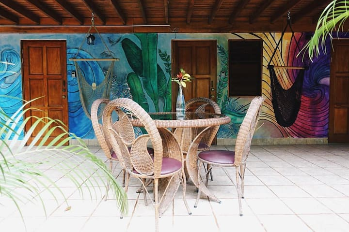 Boutique Accommodations | Closest to Beach! - Nosara - Hostel