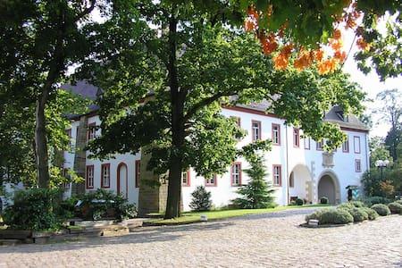 Schloß Triestewitz - bei Torgau - Arzberg - Daire