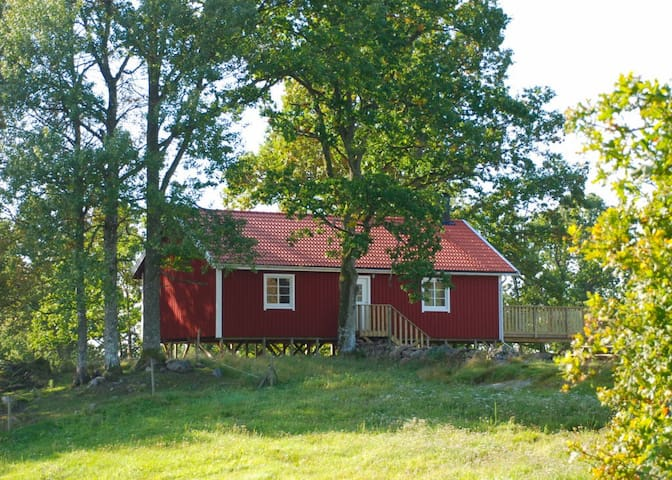 Spacious Holiday Home in Småland! - Skillingaryd - Houten huisje