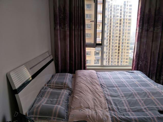 王姐日租民宿 河北工程大学北门公寓房,新业美居21
