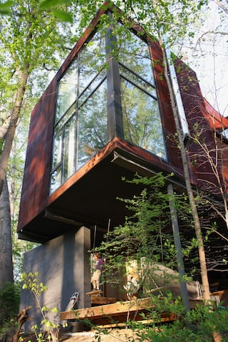 West A'ville sanctuary in the trees - Asheville - Pis