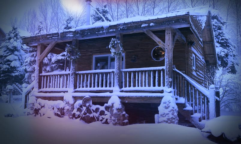 The warm and cozy cabin at Rocky Top Farms is the ultimate up north vacation spot!