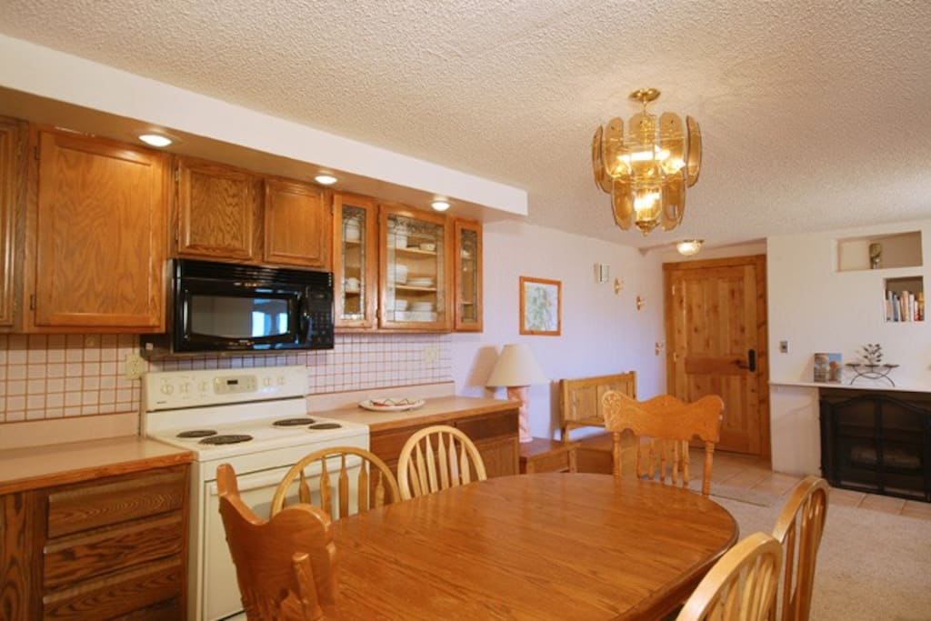 Large open kitchen with dinning table
