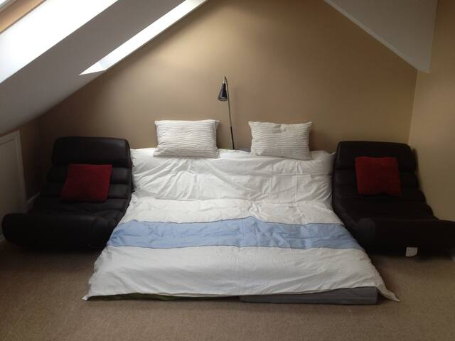 Loft Room in Beckenham - Beckenham - Loft