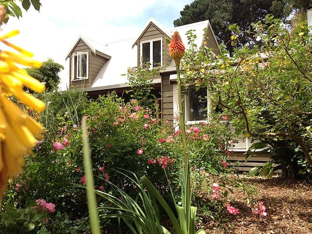 Shoreham Cottage
