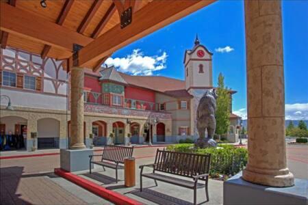 5-Star Resort & Spa King Suite - Midway - 公寓