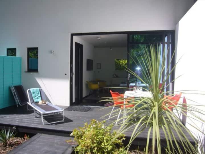 Villa Mondrian Guest Accommodation in Alderney
