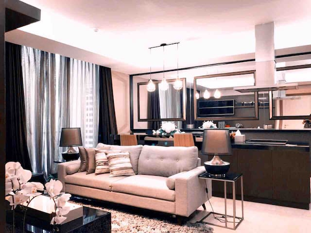 LUXURY APARTEMENT 2BR PRIVATE LIFT ACCESS