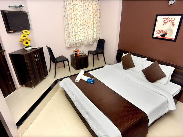 Hotel Sai Deluxe, Sangli Deluxe Room Non Ac